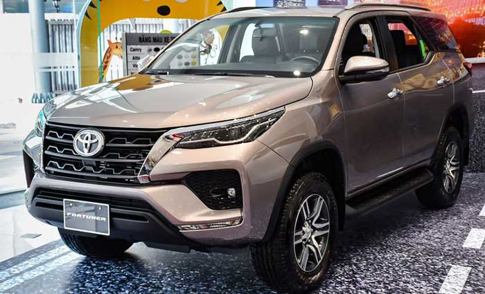 toyota fortuner 2.4MT anh 1