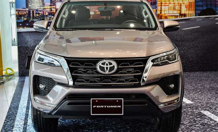 toyota fortuner 2.4MT anh 3