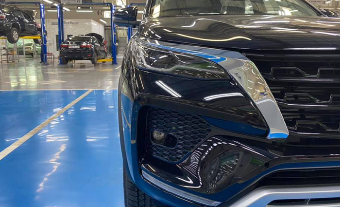 toyota fortuner 2.8at 4x4 anh 3