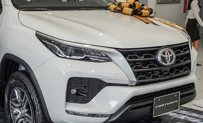 toyota fortuner 2.4MT anh 4